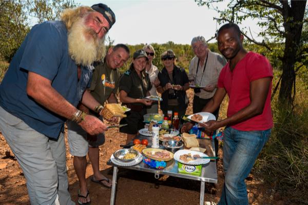 Kingsley holgate on 90-day izintaba zobombo expedition