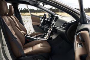 011 New Volvo V40 Cross Country