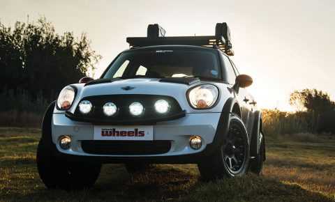 4wd truckin mini countryman 1 6 leisure wheels. Black Bedroom Furniture Sets. Home Design Ideas