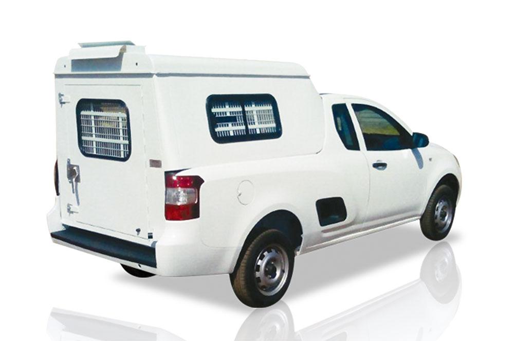 chev-ute-fulldoor-with-windows-steel-canopy
