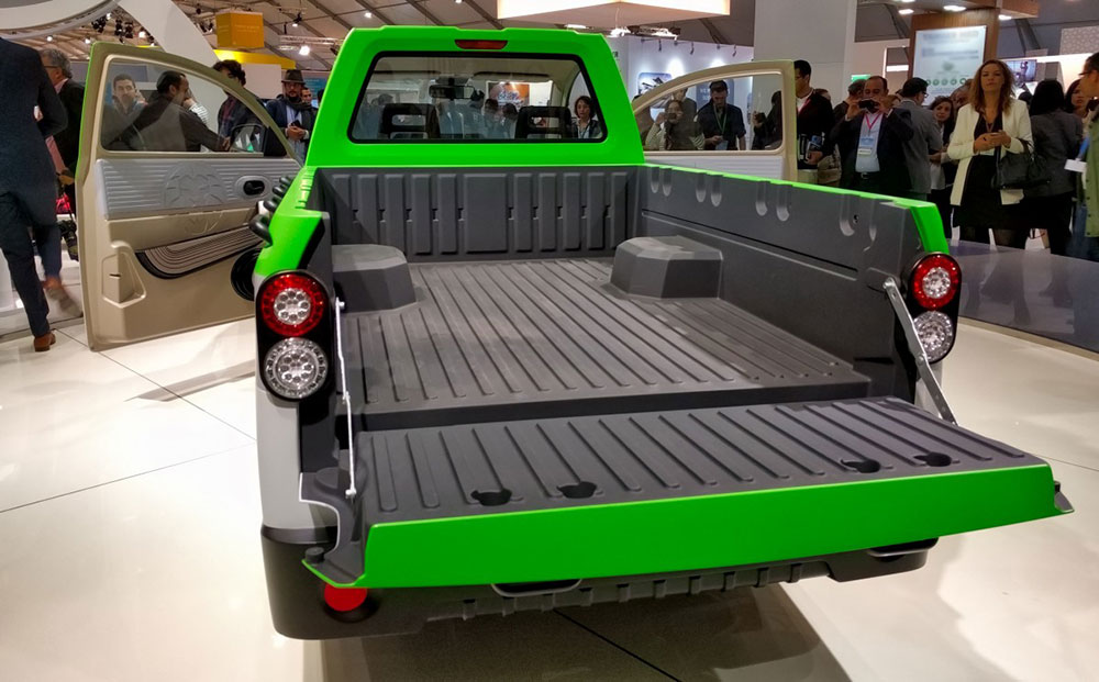 aslan_ev_pickup_morocco_cop22_osvehicle_launch_img_20161108_162050_pl