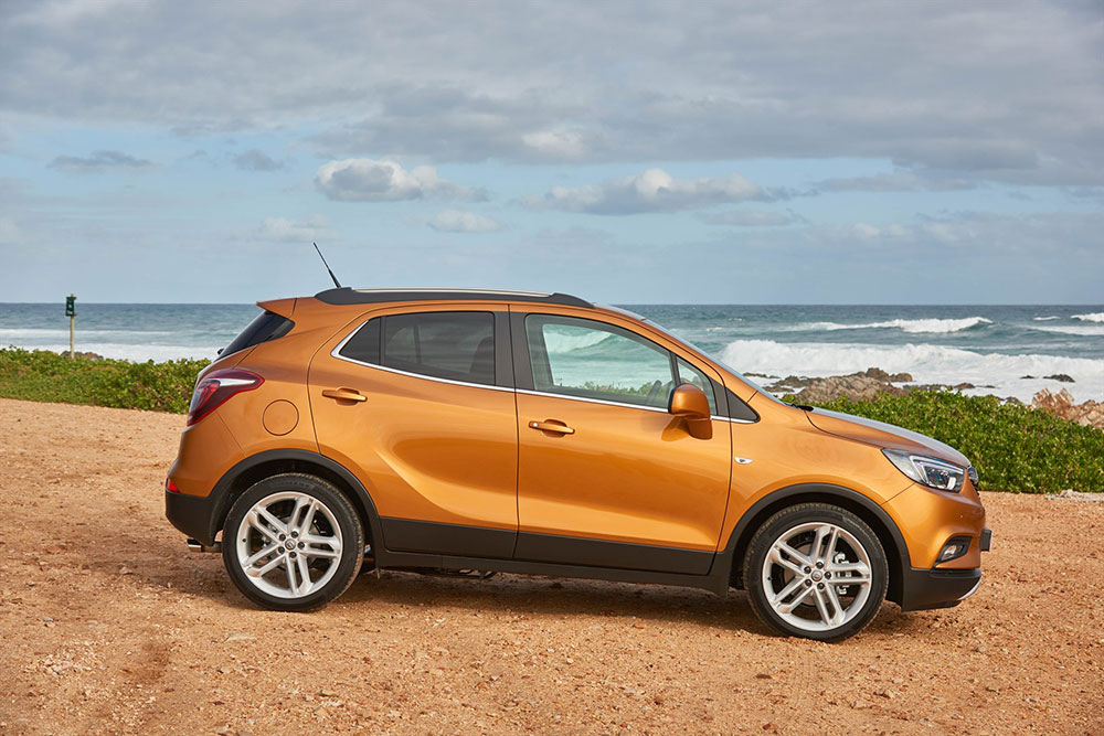 opel mokka x arrives in sa with pricing leisure wheels. Black Bedroom Furniture Sets. Home Design Ideas
