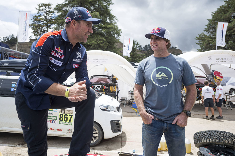 Windsurfing champion Robby Naish with Stéphane Peterhansel on the rest day, 8 January, in La Paz Bolivia.
