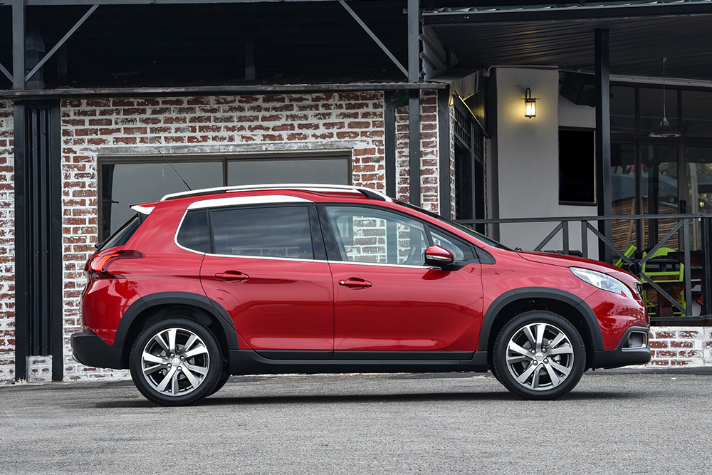 new peugeot 2008 suv is here w prices leisure wheels. Black Bedroom Furniture Sets. Home Design Ideas