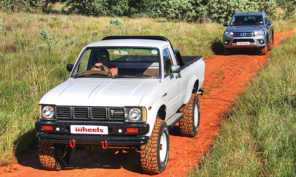 OFF-ROAD TEST: 1979 Toyota Hi-Lux versus 2017 Toyota Hilux - Leisure