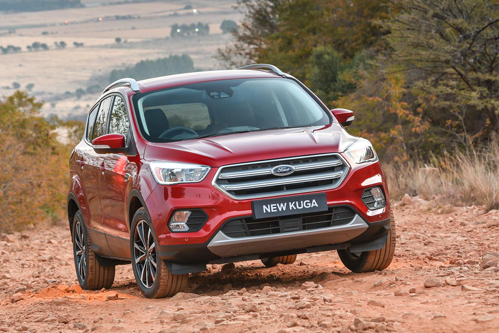 2018 Ford Kuga Exterior Changes Are Quite Noticeable From The Front And Design Of New Grille With Its Large Upper Trapezoidal Section