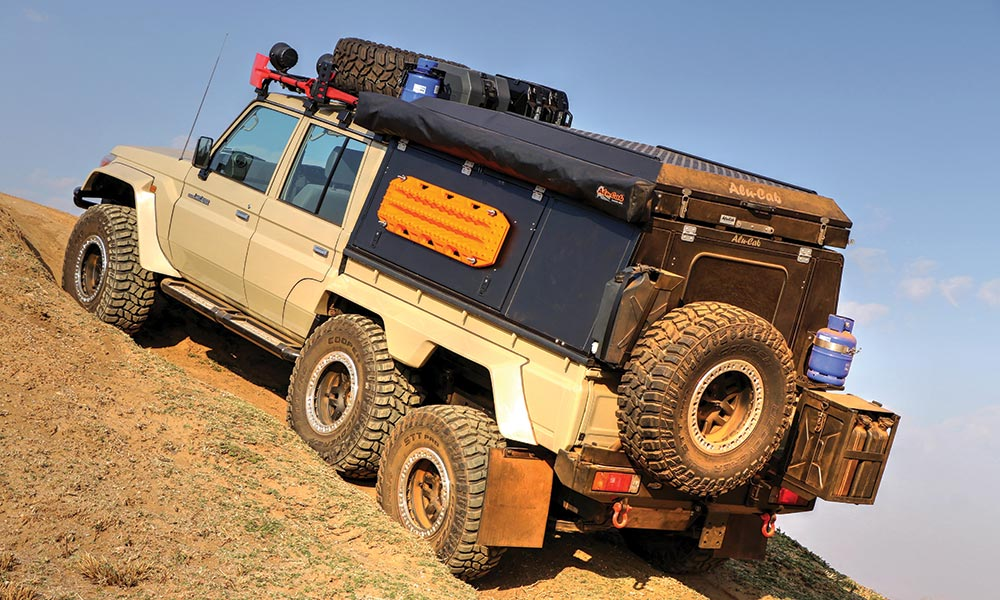 Land Cruiser 79 6x6 >> OFF-ROAD TEST: Toyota Land Cruiser 79 D/C V8 6x6 - Leisure Wheels
