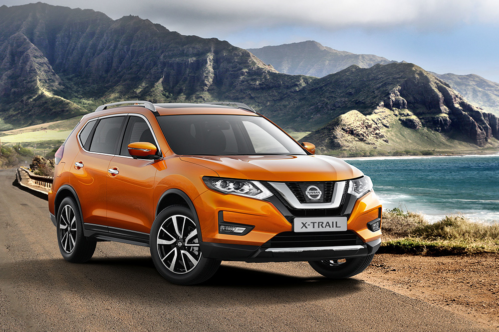 new nissan x trail 1 6 dci tekna 4 4 and the 2 5 litre. Black Bedroom Furniture Sets. Home Design Ideas