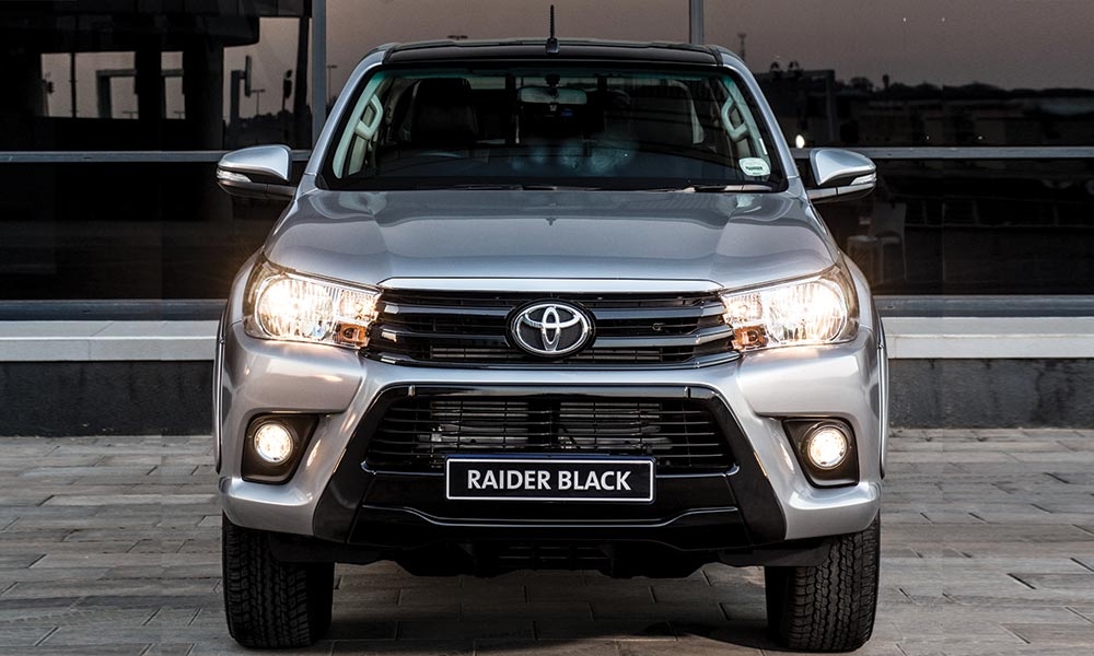 Toyota Hilux Black versus Ford Ranger Fx4 - Leisure Wheels