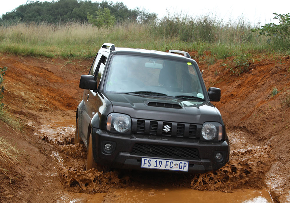 the little 4x4 that could suzuki jimny 1 3 leisure wheels. Black Bedroom Furniture Sets. Home Design Ideas