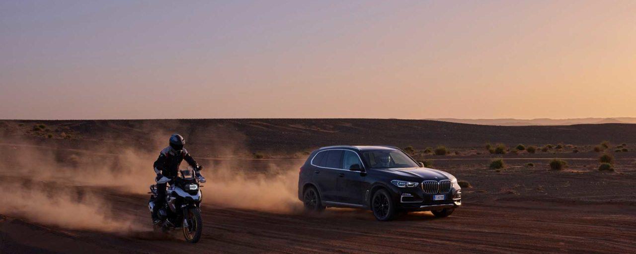 BMW recreates Monza racing circuit in the Sahara