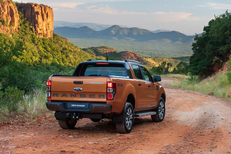 driving impression 2019 ford ranger xlt and wildtrak